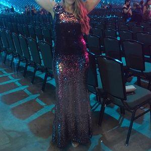 Vince Camuto size 8 one shoulder dress